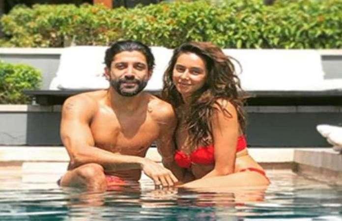 फरहान ने गर्लफ्रेंड के साथ शेयर की तस्वीर, शिबानी दांडेकर ने दिखाया बोल्ड अंदाज