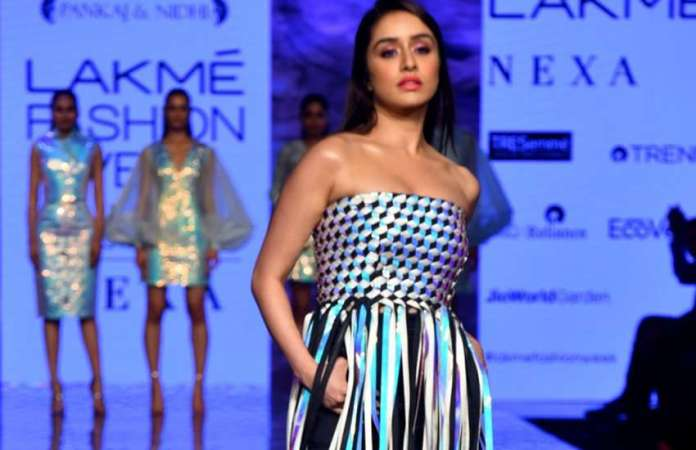 shraddha kapoor on lakme fashion week 2020