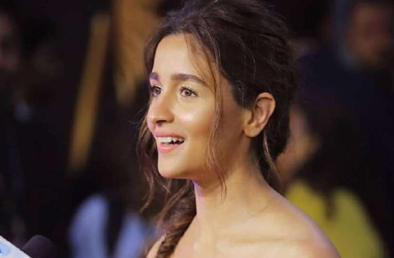 Alia Bhatt is now going to fly Hollywood, signed an agreement with international agency WME