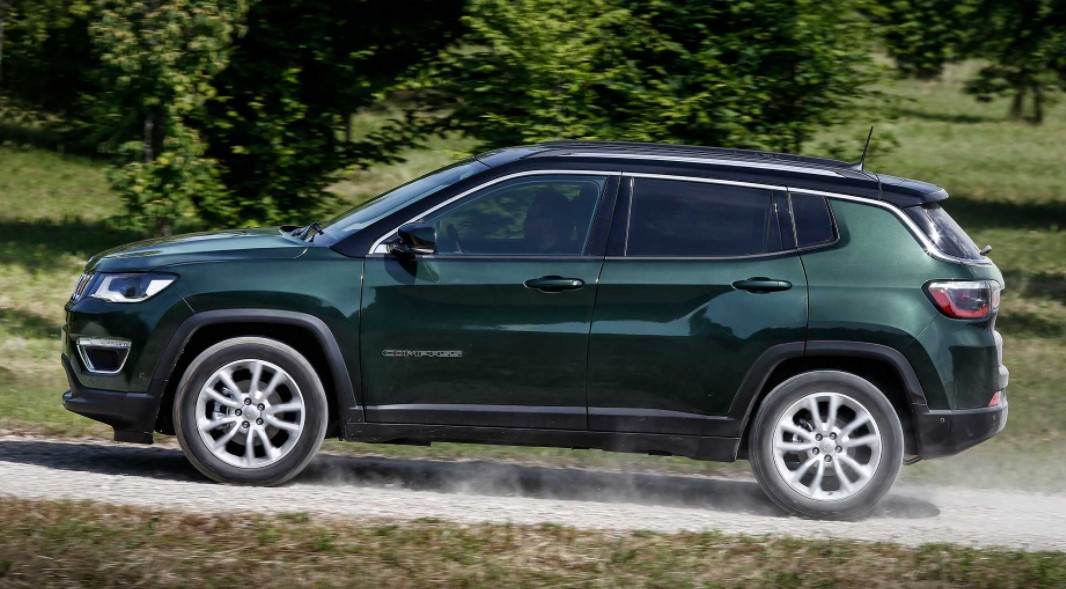 2021 Jeep Compass test driver with its new engine