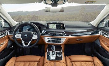 2021 BMW 7-Series Interior and Navigation