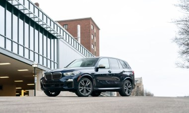 2021 BMW X5 M50i Version