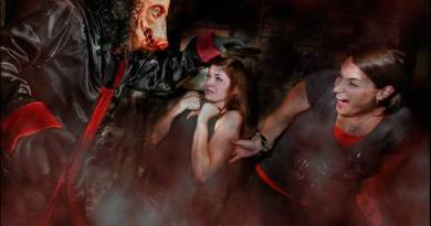 Halloween Horror Nights 2009 Saw: Game Over