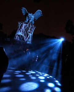 Best Halloween Theme Parks: A gargoyle overlooking Knott's Scary Farm