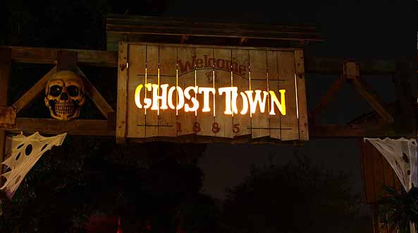 Knotts Scary Farm ghost town