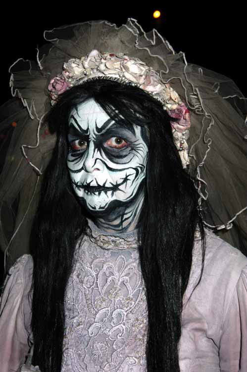 La Llorona Knott's Berry Farm Halloween Haunt 2011