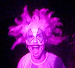 haunted hayride clown