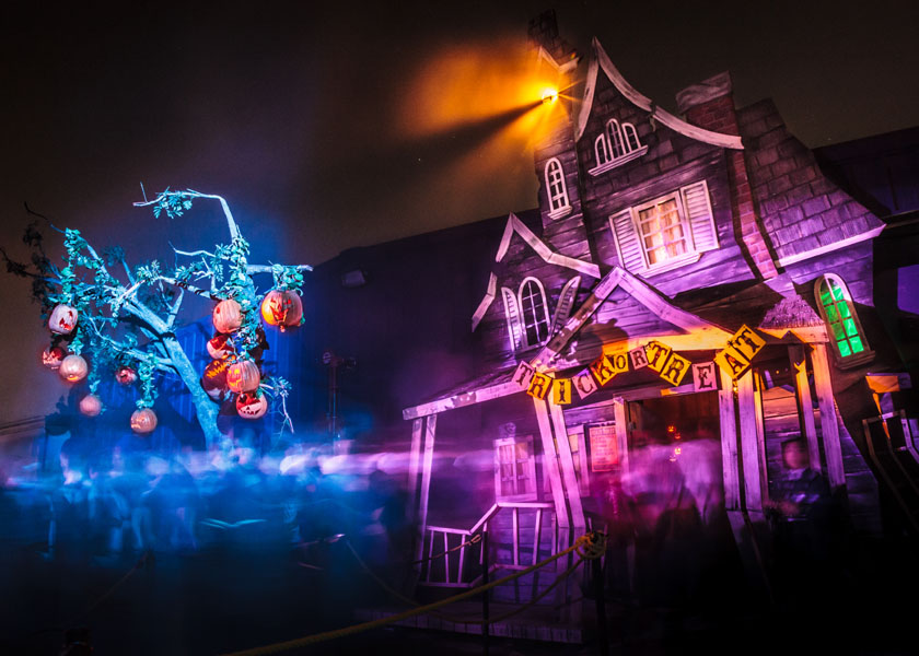 halloween 2014 last minute recommendations theme parks hollywood gothique