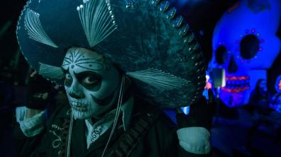 Fiesta de Los Muertos brings a Day of the Dead flavor to one of the Knotts Scary Farm scare zones.
