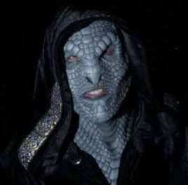 Los Angeles Haunted Hayride 2014 lizard man 2 cropped
