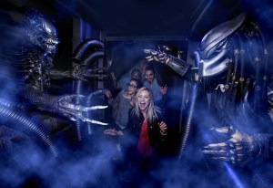 Alien vs Predator at Halloween Horror Nights.