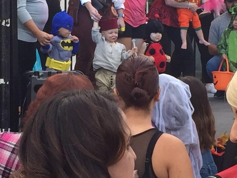 Eek at the Greek 2015 toddlers in costume 2