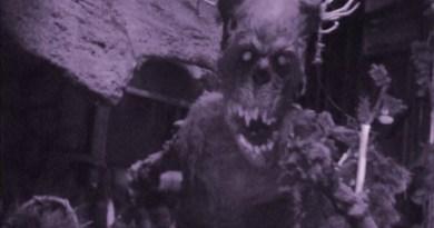 Video: Red's Revenge at Magic Mountain Fright Fest