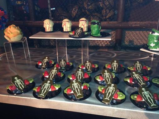 Knotts Scary Farm 2017 press buffet coffin desserts