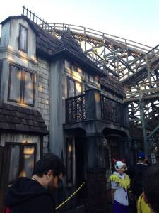 Knott's Scary Farm 2017 Review: Trick or Treat Lights Out
