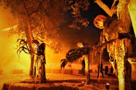Los Angeles Haunted Hayride 2018 Review Purgatory Giant Jack O'Lanterns