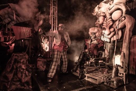 Knott's Scary Farm - Dark Ride - Evil Clown Throne