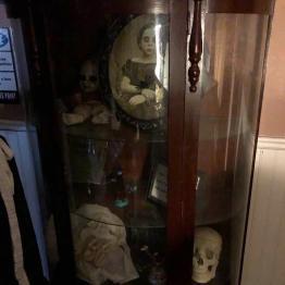 Creepy stuff under glass