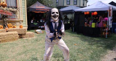 Spooky Swapmeet Photos!