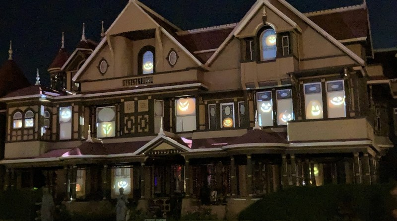 Review: All Hallow's Eve at Winchester Mystery House