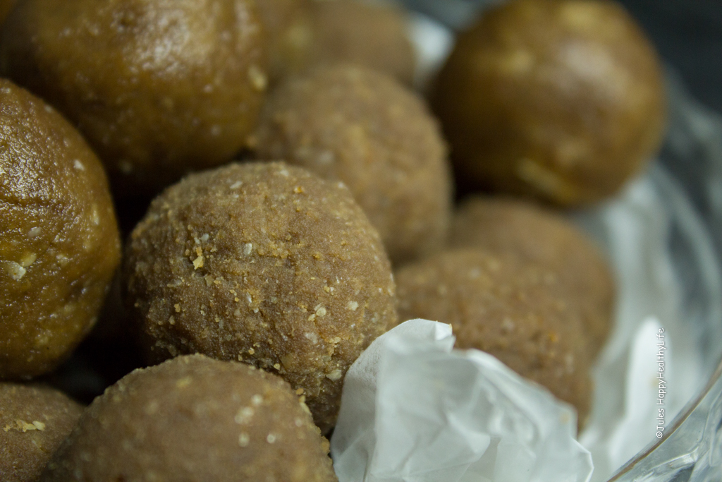 For energy - Sweet Snack - Gluten Free, Vegan Peanut Butter Bliss Balls