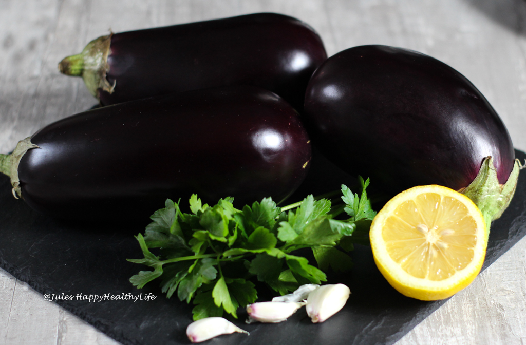 Baba Ghanoush passt als Dip perfekt zu Brot, Gemüse, Fleisch aber auch Fisch