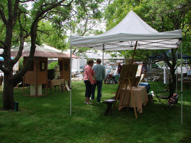 Hovey Holds Free Art Show June 20