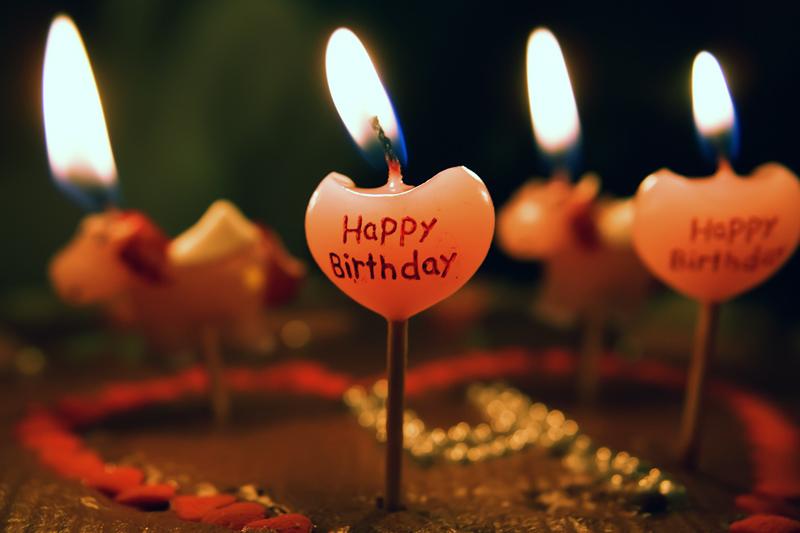 صور عيد ميلاد اليوم عيدك هيس واطفي الشموع صبايا كيوت
