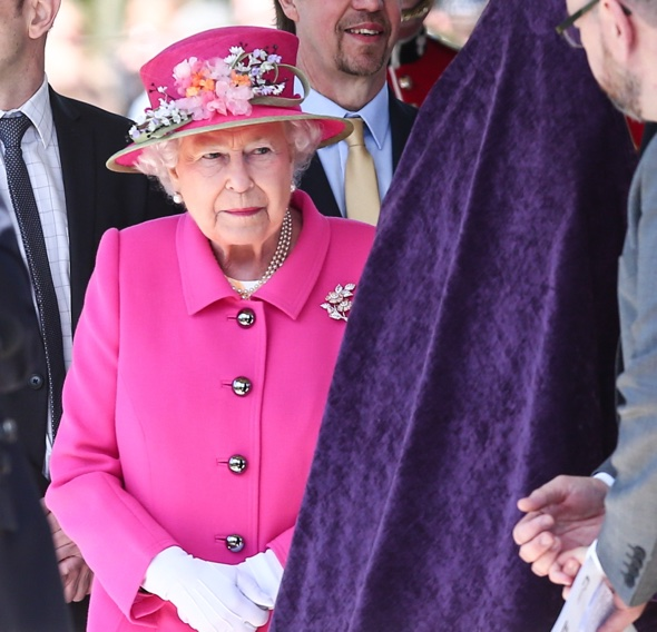 Her magic fluorescent majesty, the Queen of England