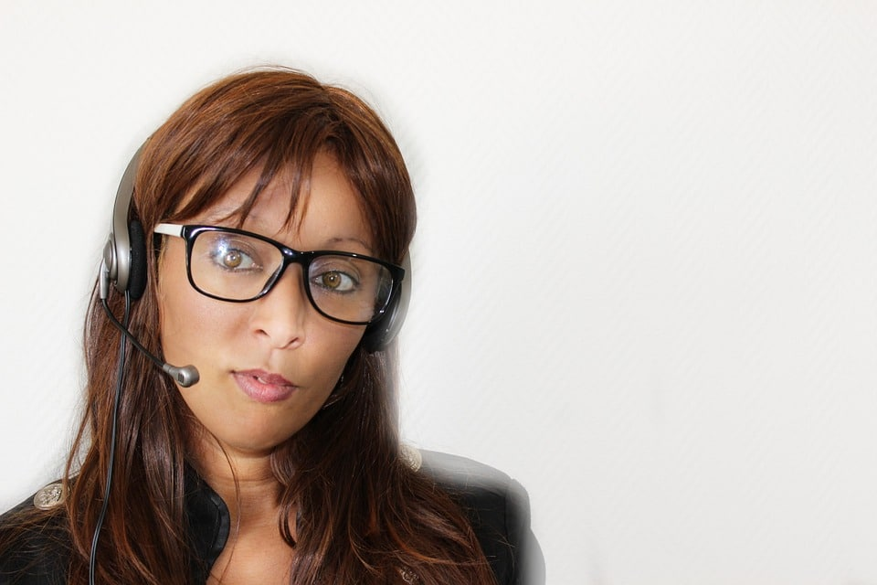 Google AdWords campaign manager on the phone with a lead