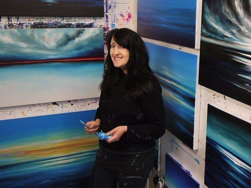 Julia Everett Profile-1 800x600