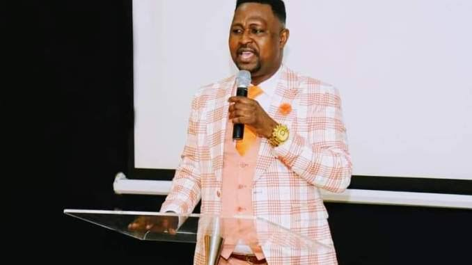 7 THINGS YOU MUST NEVER DO WHEN YOU ARE PREACHING OR TEACHING ON THE ALTAR OF YOUR SPIRITUAL FATHER – Bishop Irabor Wisdom