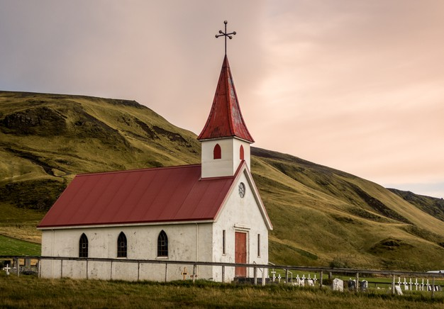 5 Dangerous Church Cultures You Should Know About – Victoria Riollano