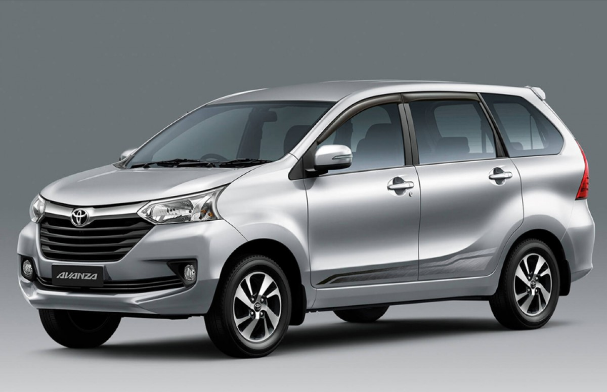 grand new veloz 1.5 mt 2018 harga avanza bekas 2019 toyota price reviews and ratings by car experts all exterior interior