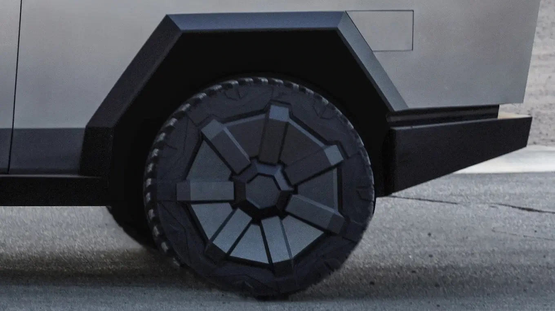 Tesla Cybertruck Electric Pickup Truck Wheel and Tire