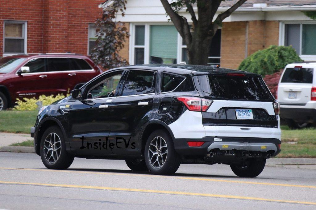 2019 Ford Escape Images