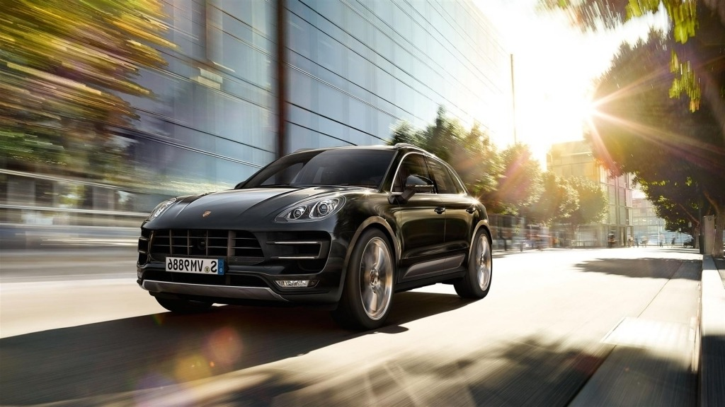2020 Porsche Macan Wallpaper