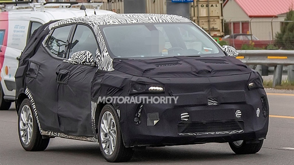 2023 Chevrolet Volt Wallpapers