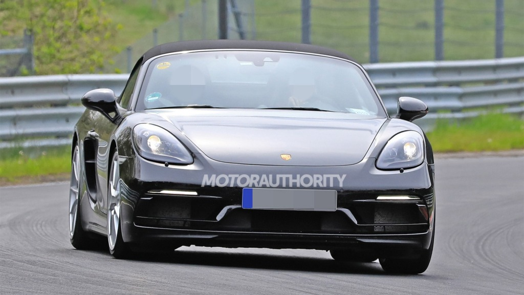 2023 Porsche Boxster Spyder Images