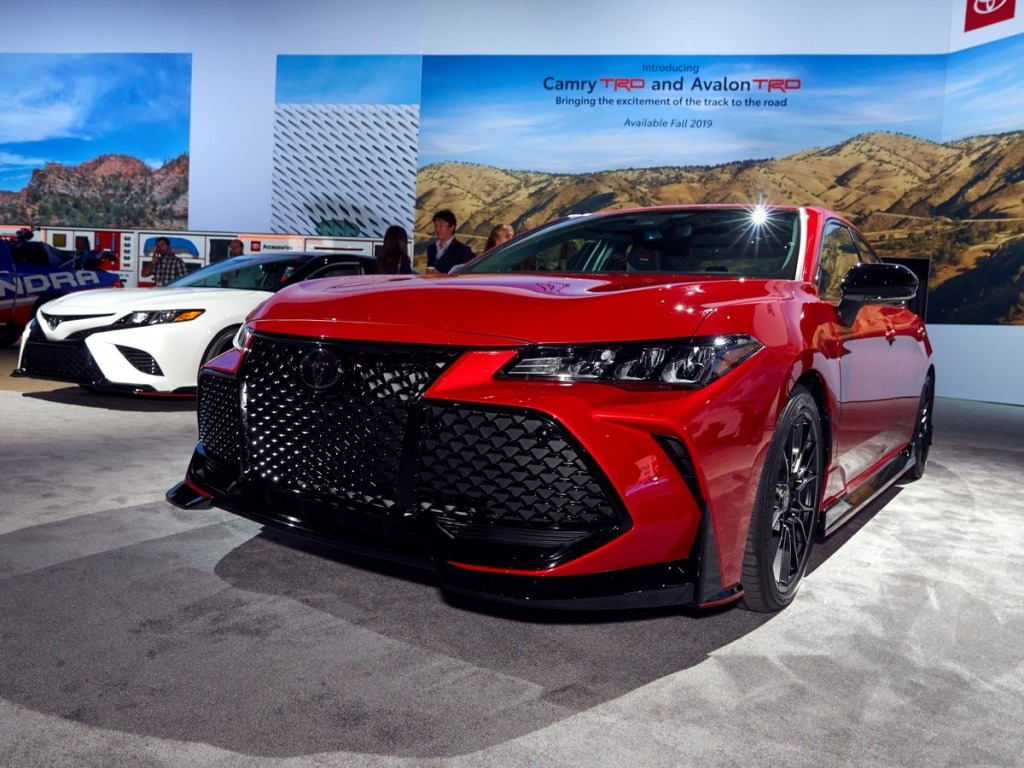 2023 Toyota Avalon Images