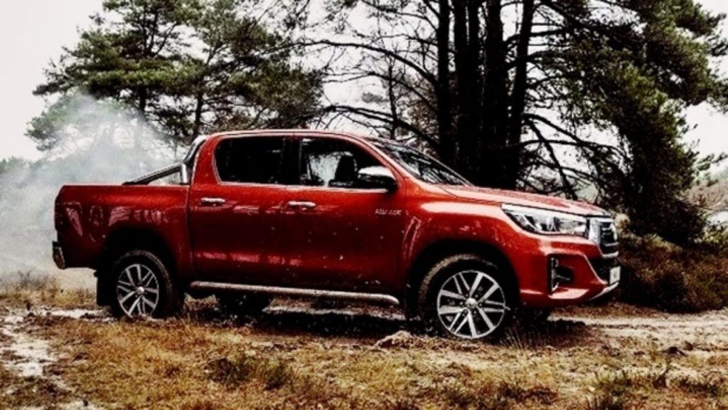 2023 Toyota Hilux Spy Shots