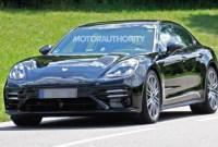 2023 Porsche Panamera Pictures