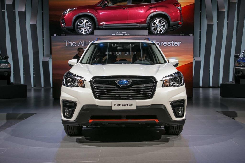 2023 Subaru Crosstrek Hybridand Spy Shots