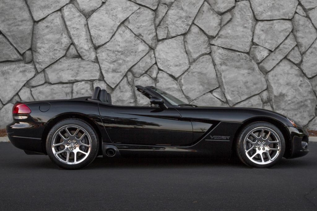 2023 Dodge Viper Roadster Exterior
