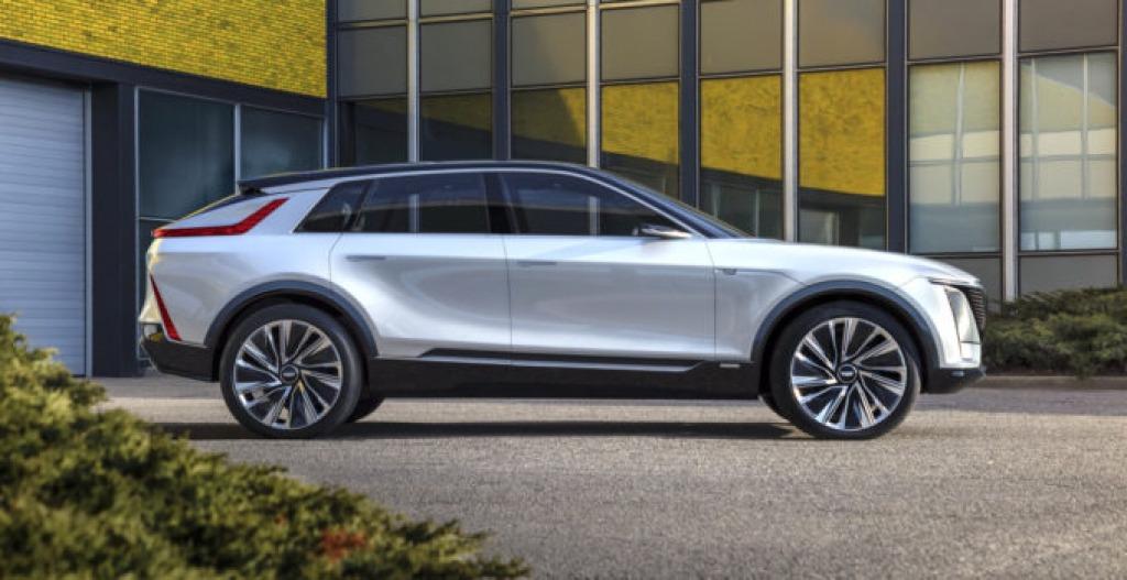 2022 Cadillac XT3 Spy Shots