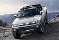 2023 GMC Hummer EV Pictures