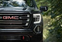 2023 GMC Sierra AT4 Images