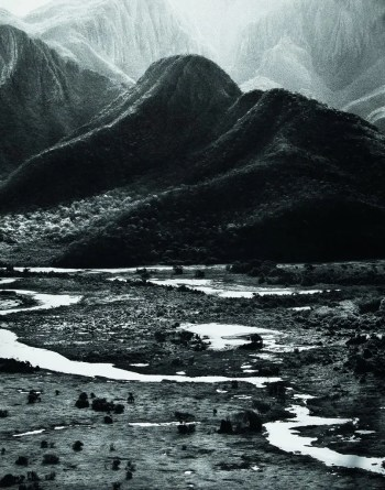 Sebastião Salgado, untitled, Amolar Mountain series, 2015, Studio Madalena