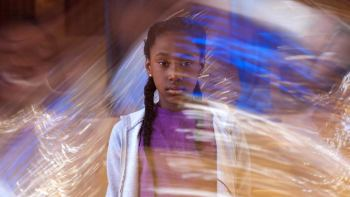"""Girl, Encouraged: A Review Of The Singular """"The Fits"""""""