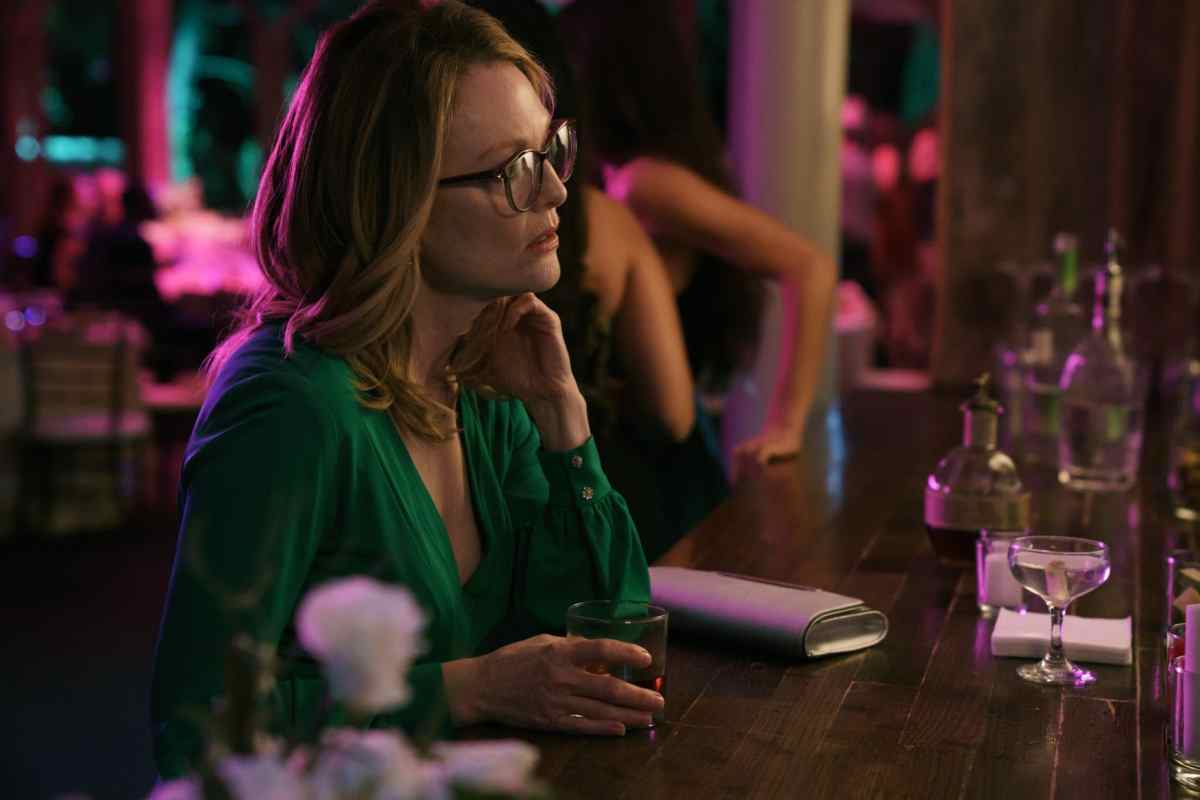 Moore Remakes: A Review of Gloria Bell